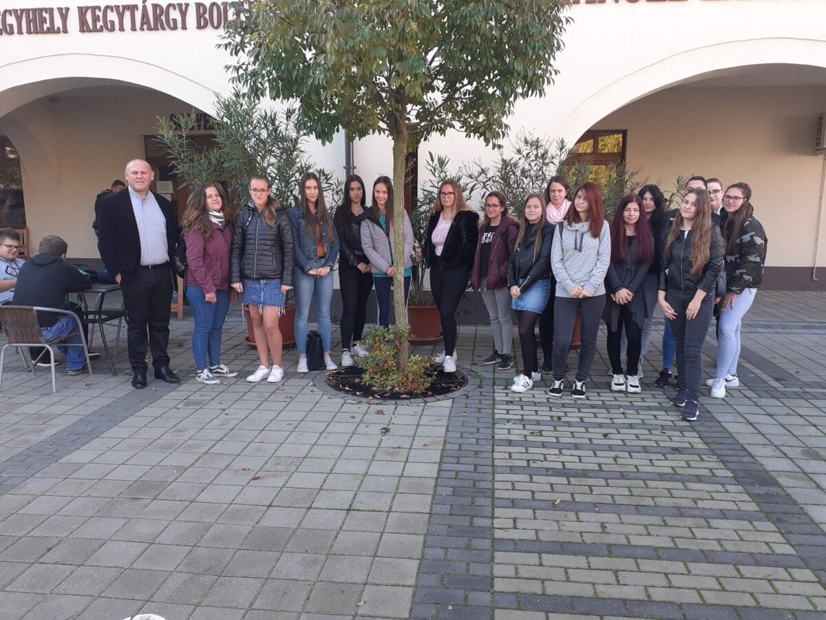 Szent Bazil Középiskola Pályaorientációs interjúk Debreceni tagintézmény Hírek Szent Bazil Görögkatolikus Középiskola